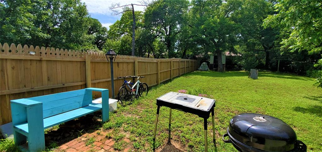1420 Knight  Street, Denton, Texas 76205 - acquisto real estate best frisco real estate broker in texas for high net worth buyers