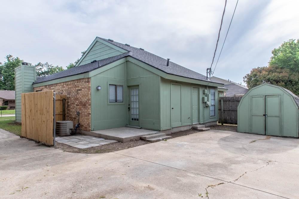 807 Windcrest  Drive, Keller, Texas 76248 - acquisto real estate best realtor dfw jody daley liberty high school realtor