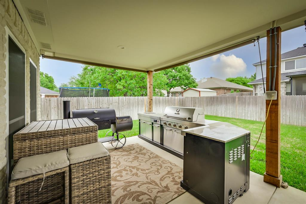 5707 Longhorn  Lane, Arlington, Texas 76017 - acquisto real estate best plano real estate agent mike shepherd