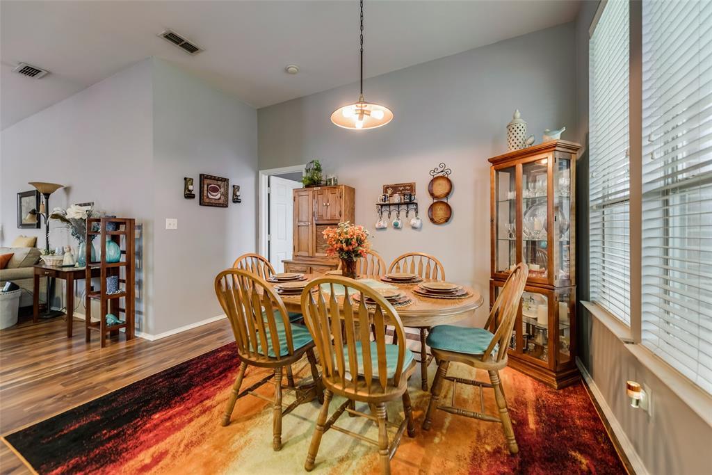 2612 Hilcroft  Avenue, Denton, Texas 76210 - acquisto real estate best style realtor kim miller best real estate reviews dfw