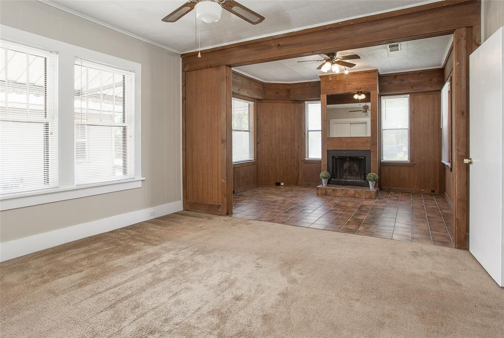 1012 Orange  Street, Fort Worth, Texas 76110 - acquisto real estate best realtor foreclosure real estate mike shepeherd walnut grove realtor