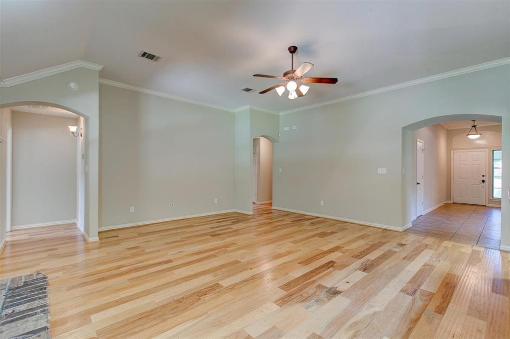 4407 Cluster Oak  Court, Granbury, Texas 76049 - acquisto real estate best style realtor kim miller best real estate reviews dfw