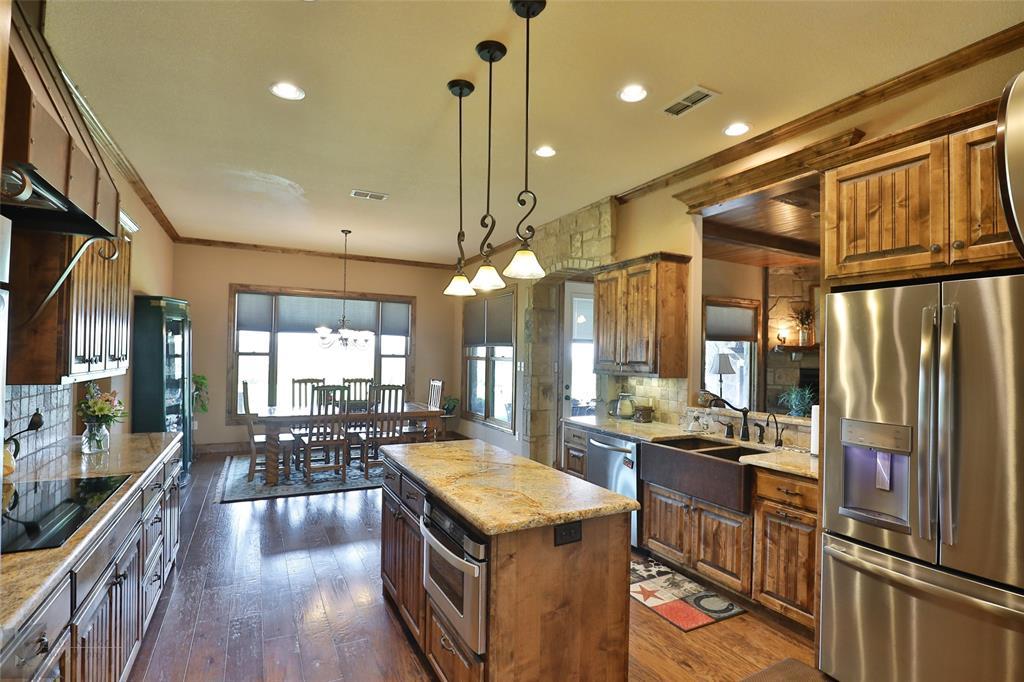 274 Edge Cliff  Court, Abilene, Texas 79606 - acquisto real estate best luxury buyers agent in texas shana acquisto inheritance realtor
