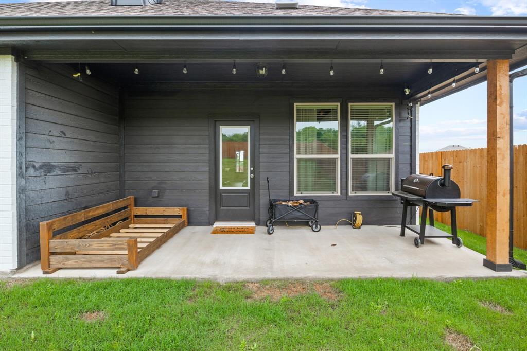 1224 Big Sky  Drive, Weatherford, Texas 76086 - acquisto real estate best realtor dfw jody daley liberty high school realtor