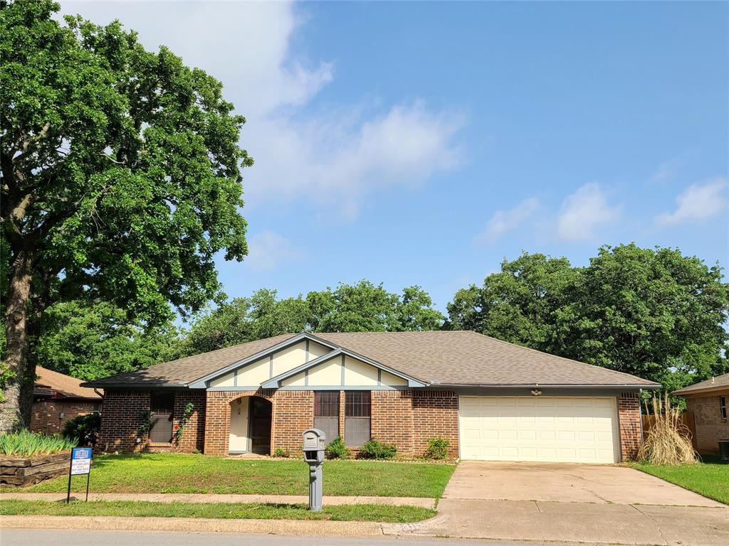 8117 Starnes  Road, North Richland Hills, Texas 76182 - Acquisto Real Estate best plano realtor mike Shepherd home owners association expert