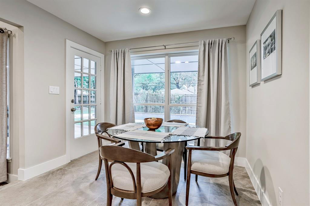 6801 Kingswood  Drive, Fort Worth, Texas 76133 - acquisto real estate best real estate company to work for