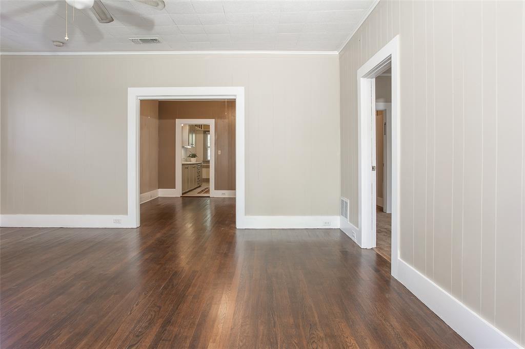 1012 Orange  Street, Fort Worth, Texas 76110 - acquisto real estate best prosper realtor susan cancemi windfarms realtor