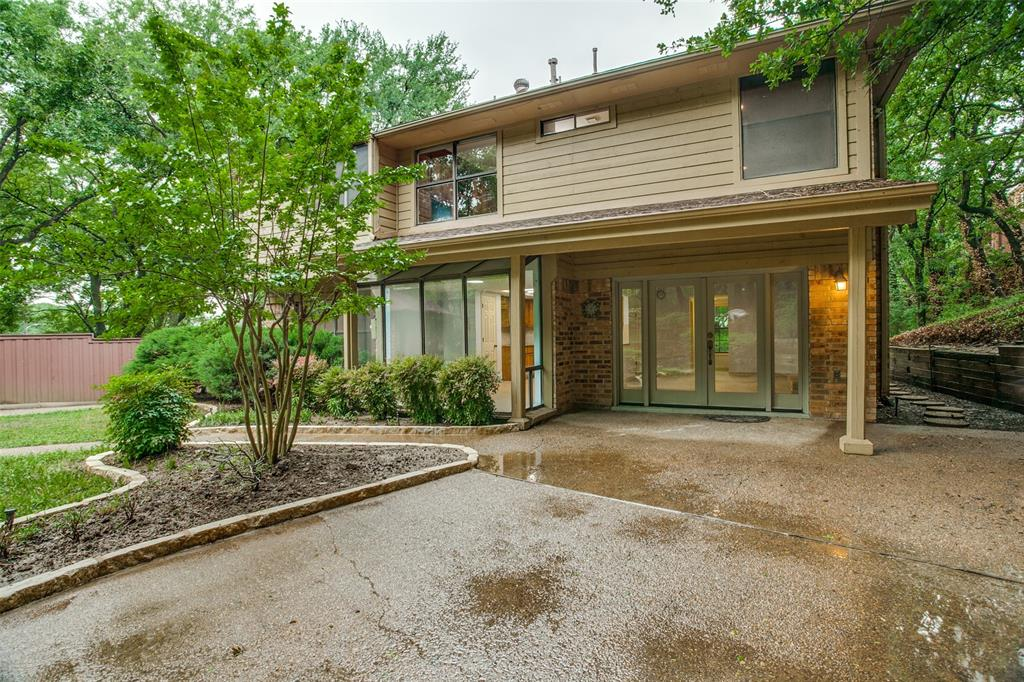 2403 Winding Hollow  Lane, Arlington, Texas 76006 - acquisto real estate best realtor dallas texas linda miller agent for cultural buyers