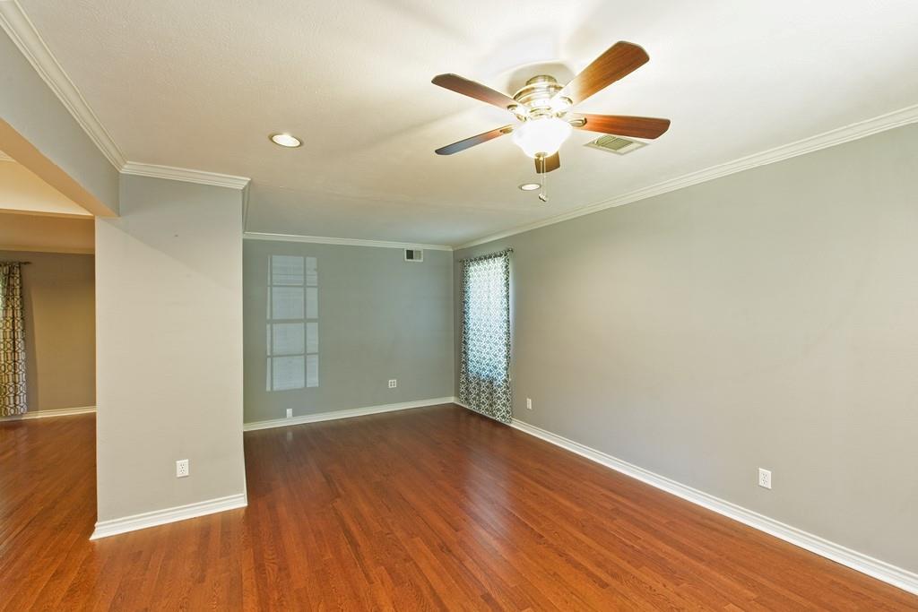 8635 Shagrock  Lane, Dallas, Texas 75238 - acquisto real estate best celina realtor logan lawrence best dressed realtor