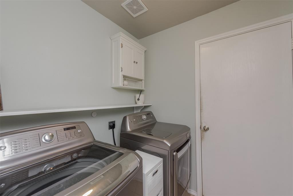 2921 Desert  Drive, Denton, Texas 76210 - acquisto real estate best negotiating realtor linda miller declutter realtor