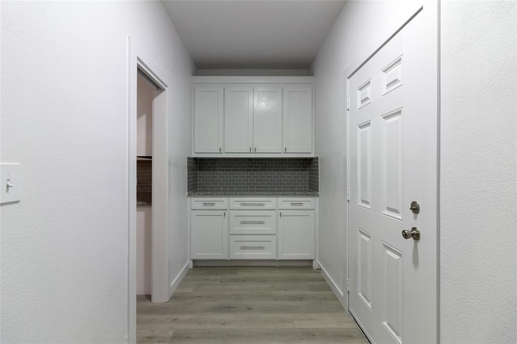 3711 Sidney  Street, Dallas, Texas 75210 - acquisto real estate best highland park realtor amy gasperini fast real estate service