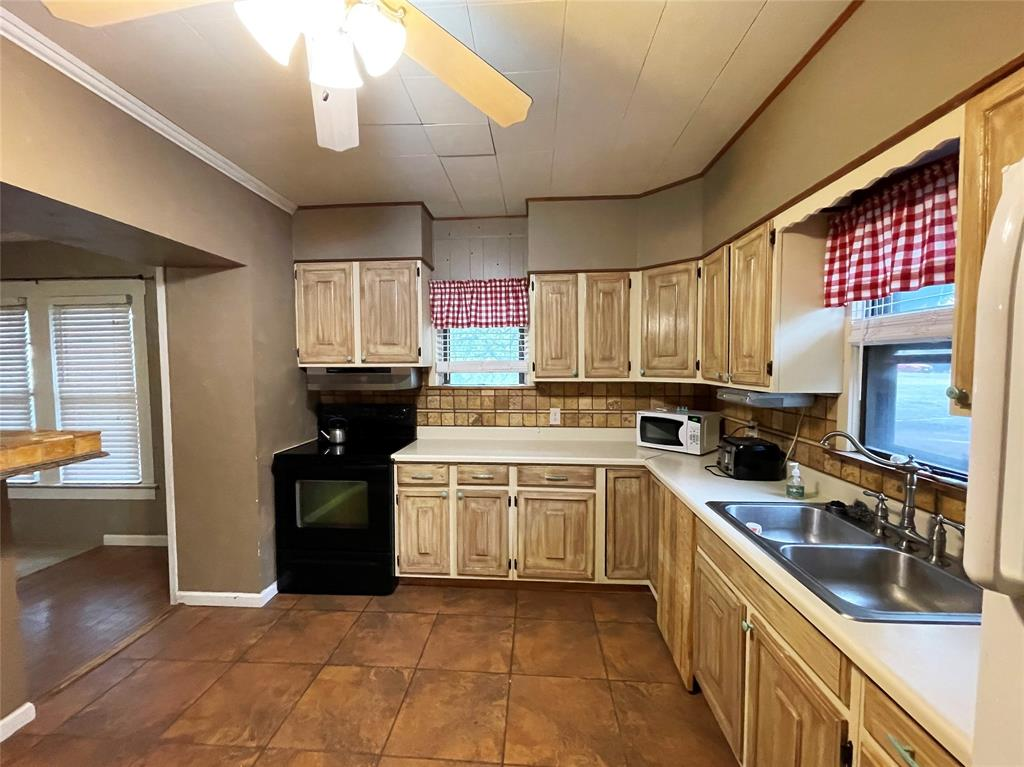 608 21st  Street, Cisco, Texas 76437 - acquisto real estate best celina realtor logan lawrence best dressed realtor