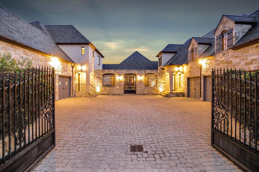 4649 Saint Laurent  Court, Fort Worth, Texas 76126 - acquisto real estate best prosper realtor susan cancemi windfarms realtor