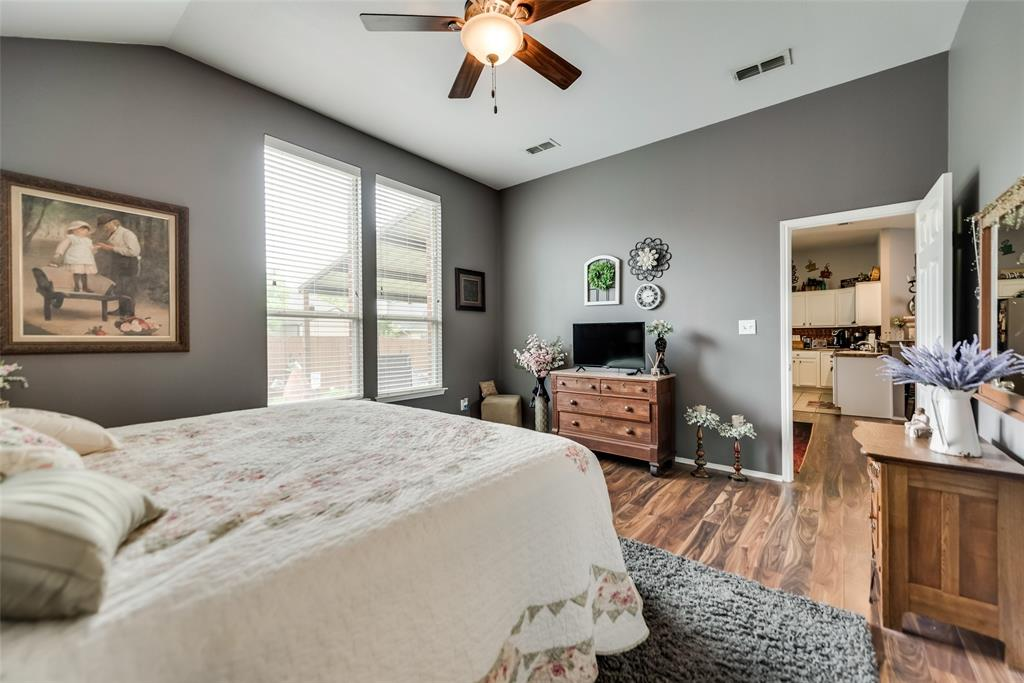 2612 Hilcroft  Avenue, Denton, Texas 76210 - acquisto real estate best realtor westlake susan cancemi kind realtor of the year