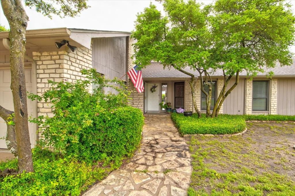 4315 Fairway  Drive, Granbury, Texas 76049 - Acquisto Real Estate best plano realtor mike Shepherd home owners association expert