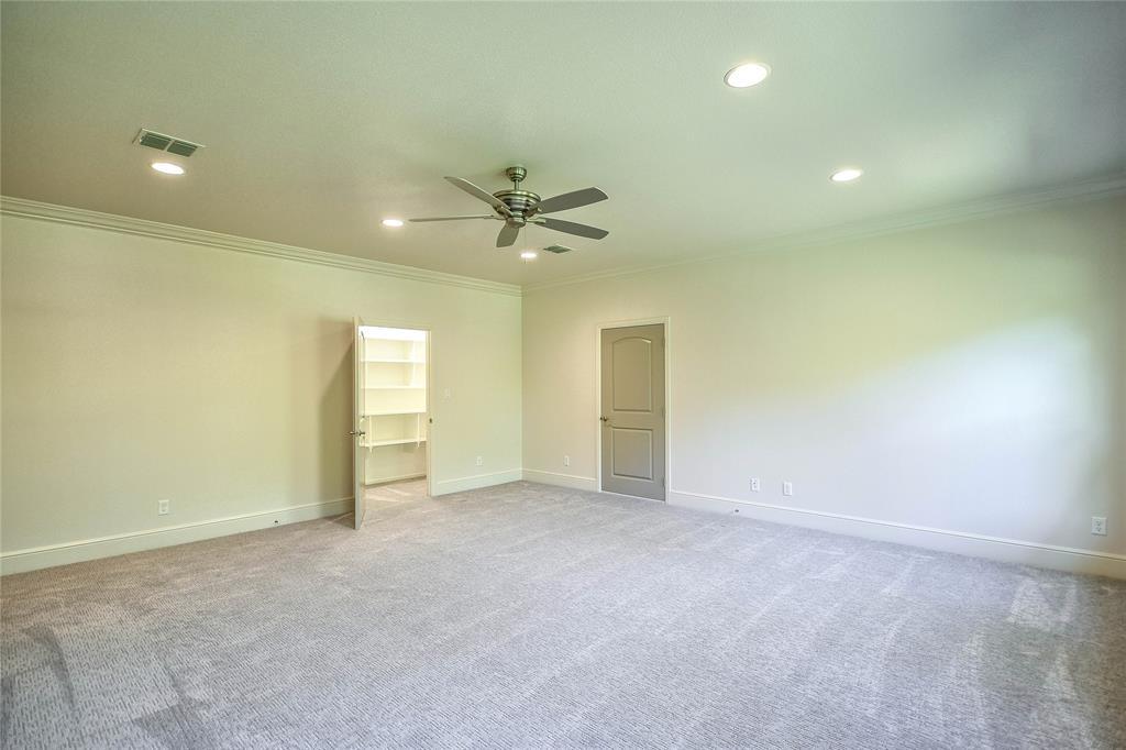 8021 Landings  Road, Granbury, Texas 76049 - acquisto real estate mvp award real estate logan lawrence