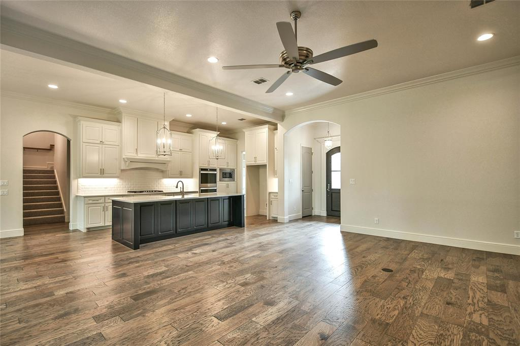 8021 Landings  Road, Granbury, Texas 76049 - acquisto real estate best flower mound realtor jody daley lake highalands agent of the year