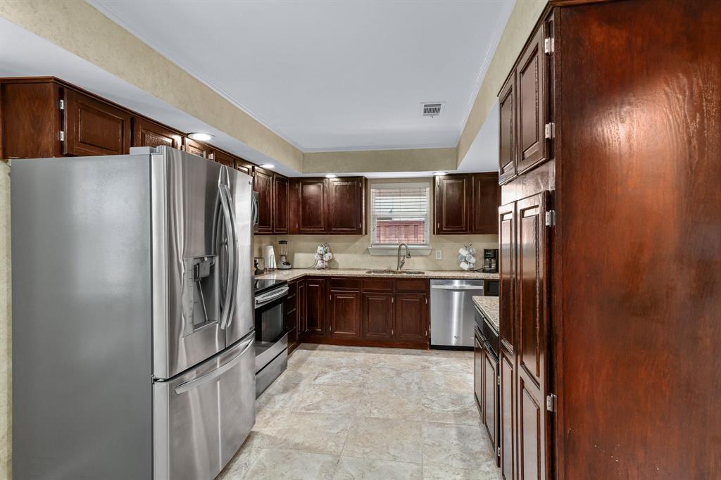 6011 Windbreak  Trail, Dallas, Texas 75252 - acquisto real estate best listing agent in the nation shana acquisto estate realtor
