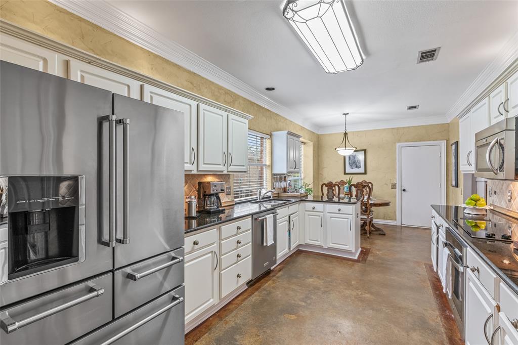 3301 Patriot  Drive, Plano, Texas 75025 - acquisto real estate best listing listing agent in texas shana acquisto rich person realtor