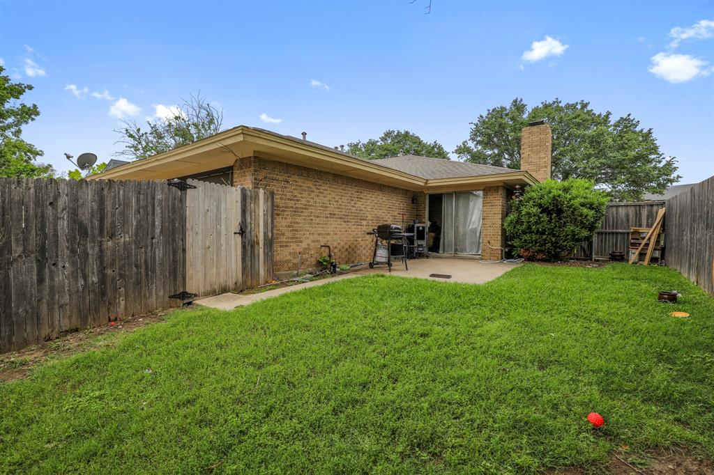 2716 Townbluff  Drive, Plano, Texas 75075 - acquisto real estate best style realtor kim miller best real estate reviews dfw