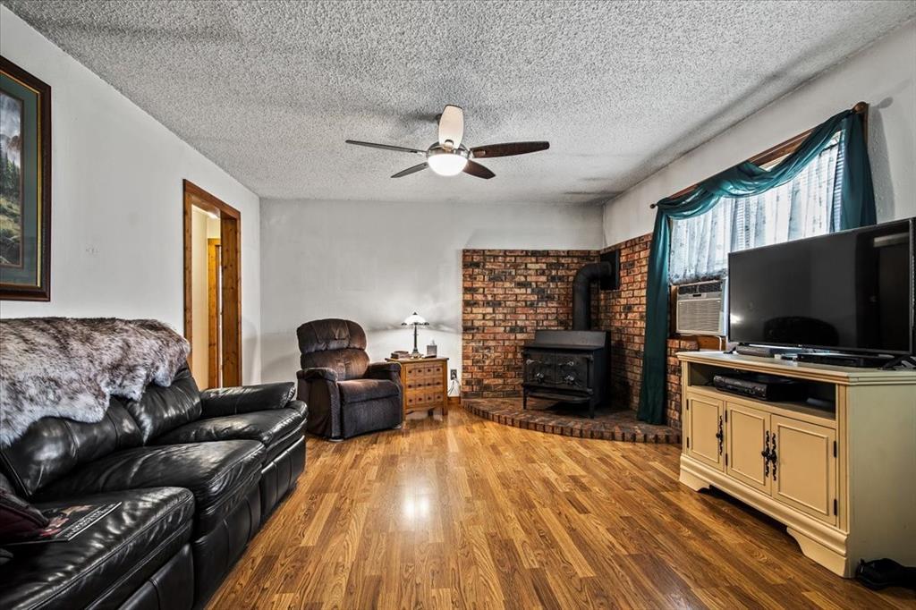 732 County Road 4797  Springtown, Texas 76082 - acquisto real estate best allen realtor kim miller hunters creek expert
