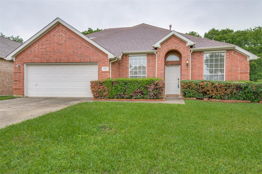 2309 Great Bear  Lane, Denton, Texas 76210 - Acquisto Real Estate best plano realtor mike Shepherd home owners association expert