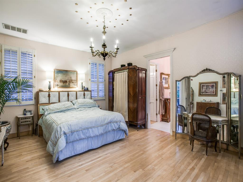 2309 Auburn  Avenue, Dallas, Texas 75214 - acquisto real estate best investor home specialist mike shepherd relocation expert