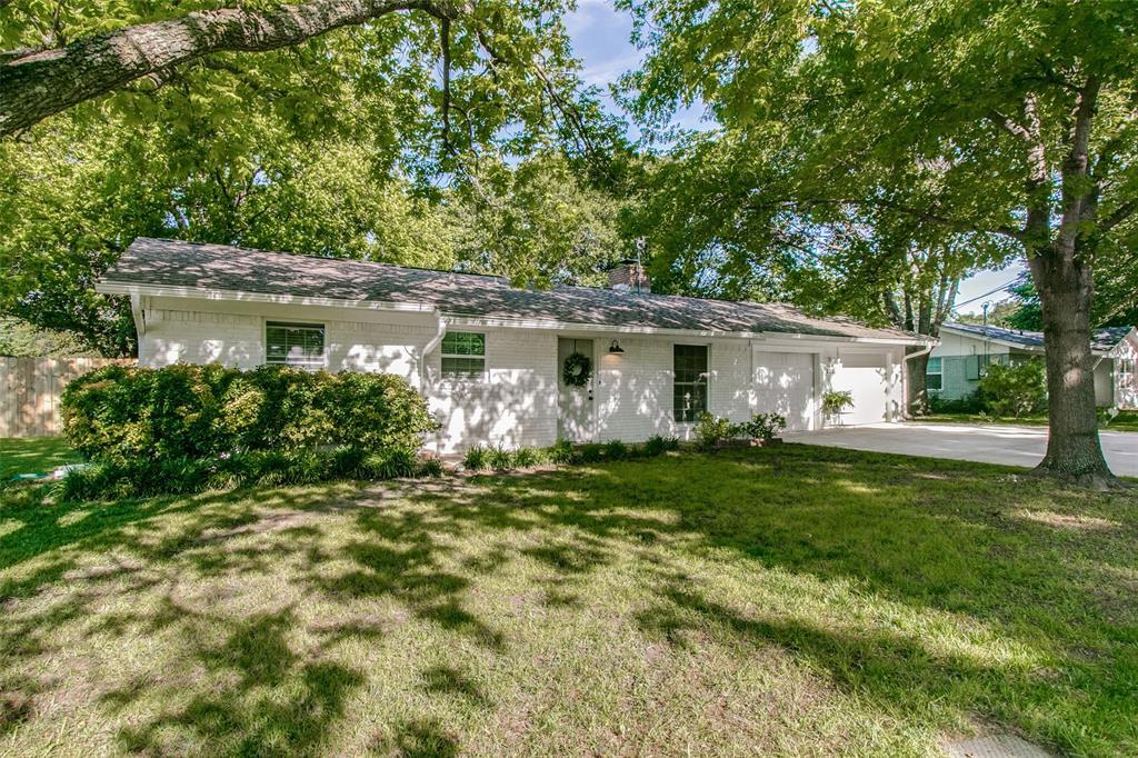 205 Redbud  Trail, Shady Shores, Texas 76208 - Acquisto Real Estate best mckinney realtor hannah ewing stonebridge ranch expert