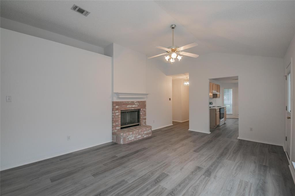 1605 Dorchester  Street, Fort Worth, Texas 76134 - acquisto real estate best celina realtor logan lawrence best dressed realtor