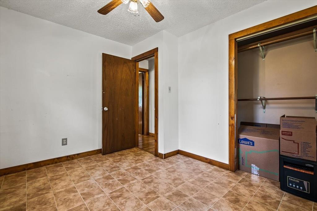 732 County Road 4797  Springtown, Texas 76082 - acquisto real estate best new home sales realtor linda miller executor real estate