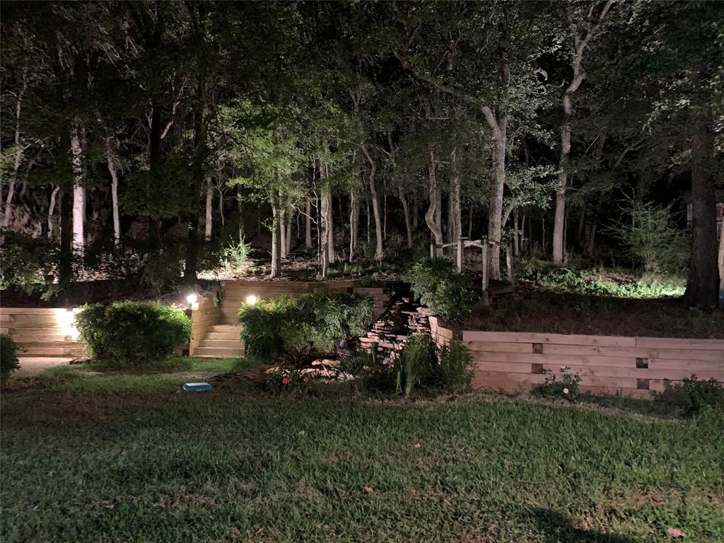 2403 Winding Hollow  Lane, Arlington, Texas 76006 - acquisto real estate best park cities realtor kim miller best staging agent