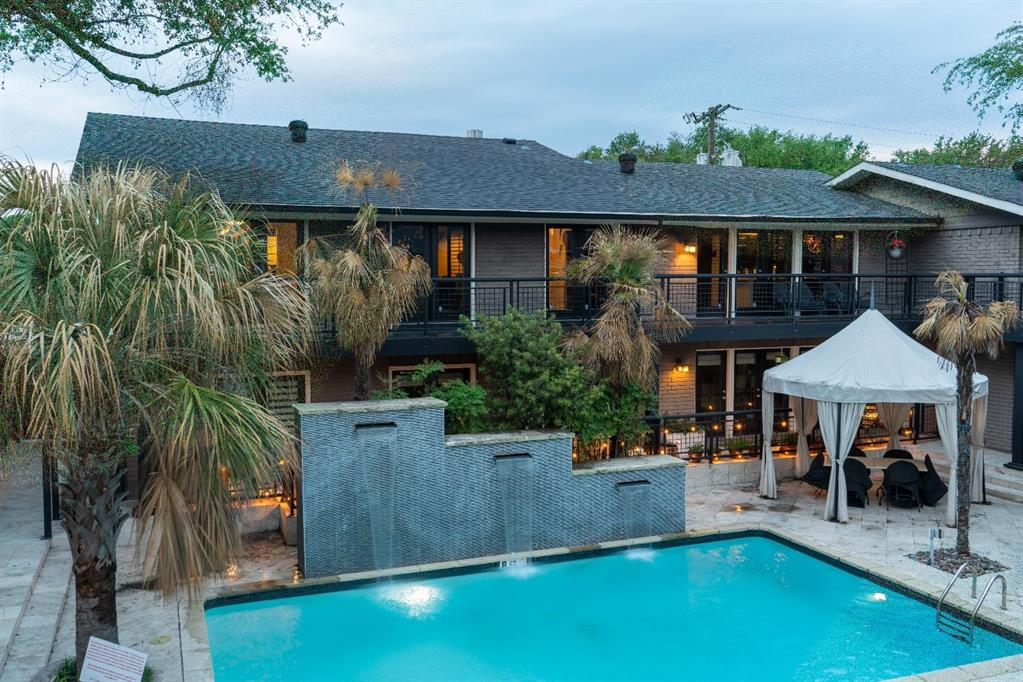 10209 Regal Oaks  Drive, Dallas, Texas 75230 - acquisto real estate best frisco real estate agent amy gasperini panther creek realtor