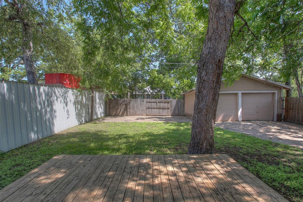 1012 Orange  Street, Fort Worth, Texas 76110 - acquisto real estate best negotiating realtor linda miller declutter realtor