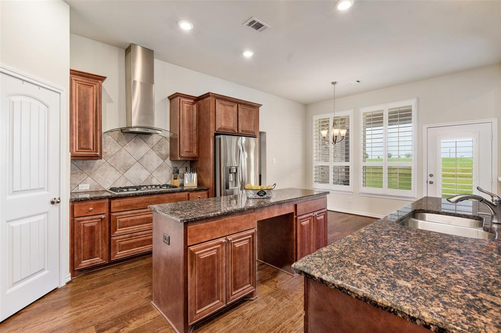 7061 Whispering Oaks  McKinney, Texas 75071 - acquisto real estate best real estate company in frisco texas real estate showings