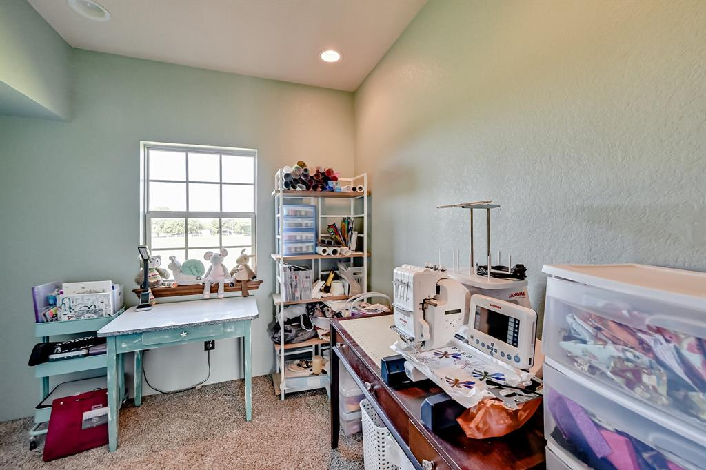7431 Drury Cross  Road, Burleson, Texas 76028 - acquisto real estate agent of the year mike shepherd