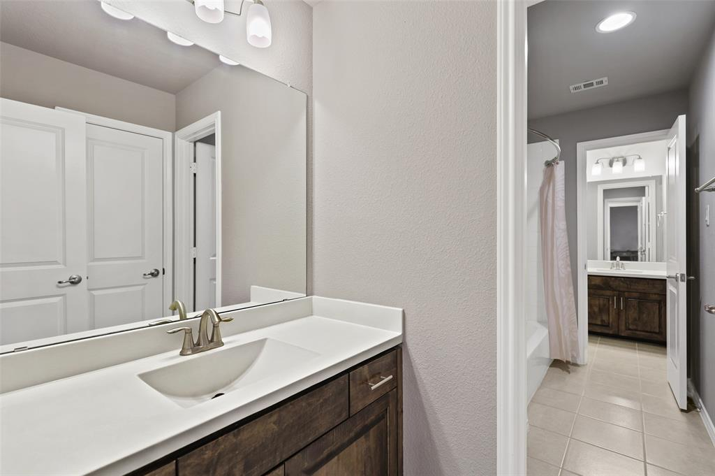 10905 Autumn Leaf  Court, Flower Mound, Texas 76226 - acquisto real estate smartest realtor in america shana acquisto