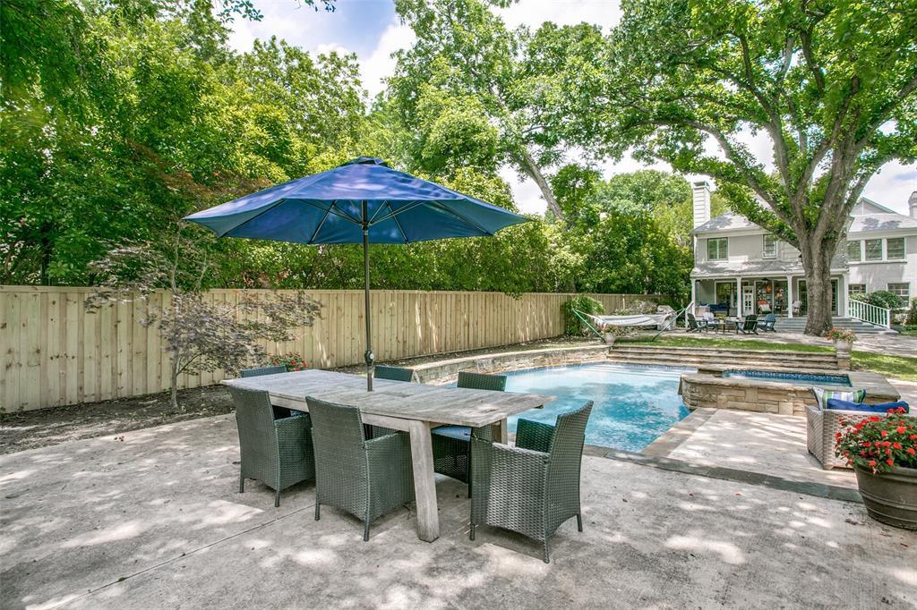 6738 Avalon  Avenue, Dallas, Texas 75214 - acquisto real estate mvp award real estate logan lawrence