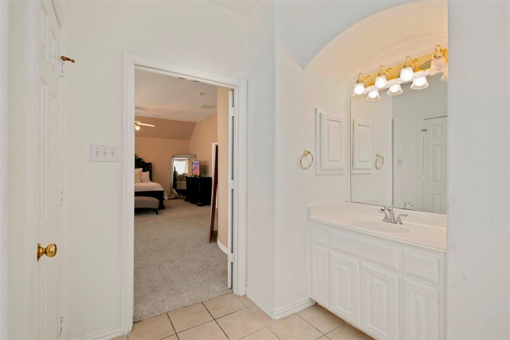 1226 Nocona  Drive, Irving, Texas 75063 - acquisto real estate best realtor dfw jody daley liberty high school realtor