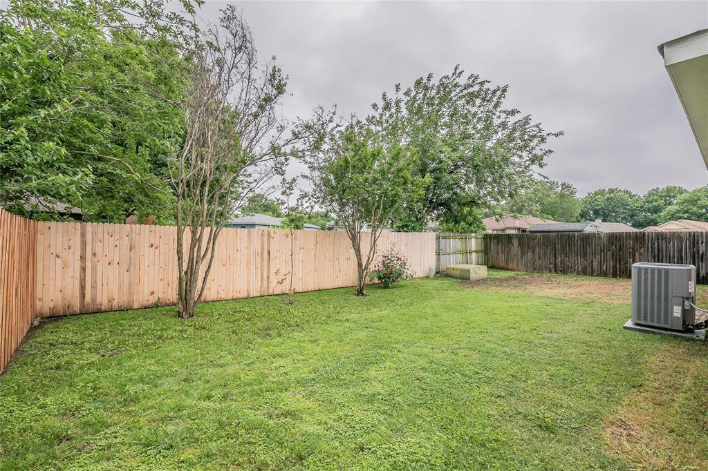 1605 Dorchester  Street, Fort Worth, Texas 76134 - acquisto real estate best park cities realtor kim miller best staging agent