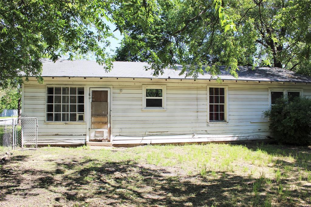 415 Rucker  Street, Granbury, Texas 76048 - acquisto real estate best luxury buyers agent in texas shana acquisto inheritance realtor