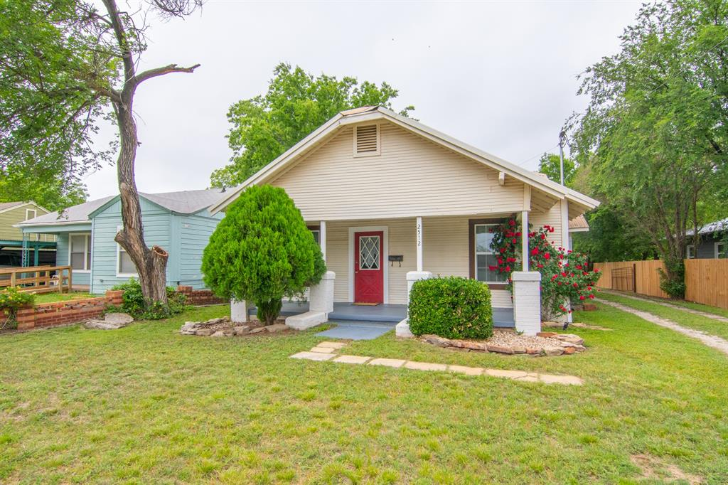 2512 Austin  Avenue, Brownwood, Texas 76801 - Acquisto Real Estate best mckinney realtor hannah ewing stonebridge ranch expert