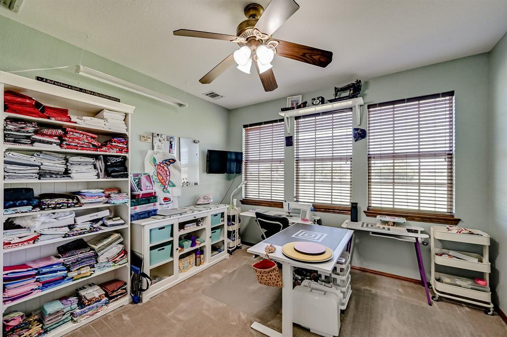 7431 Drury Cross  Road, Burleson, Texas 76028 - acquisto real estate best realtor foreclosure real estate mike shepeherd walnut grove realtor
