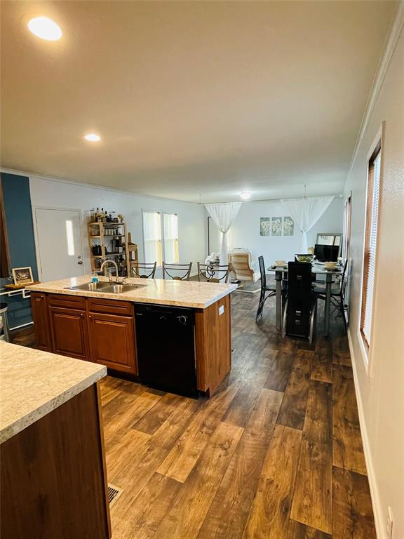 929 Indian Creek  Drive, Granbury, Texas 76048 - acquisto real estate best negotiating realtor linda miller declutter realtor