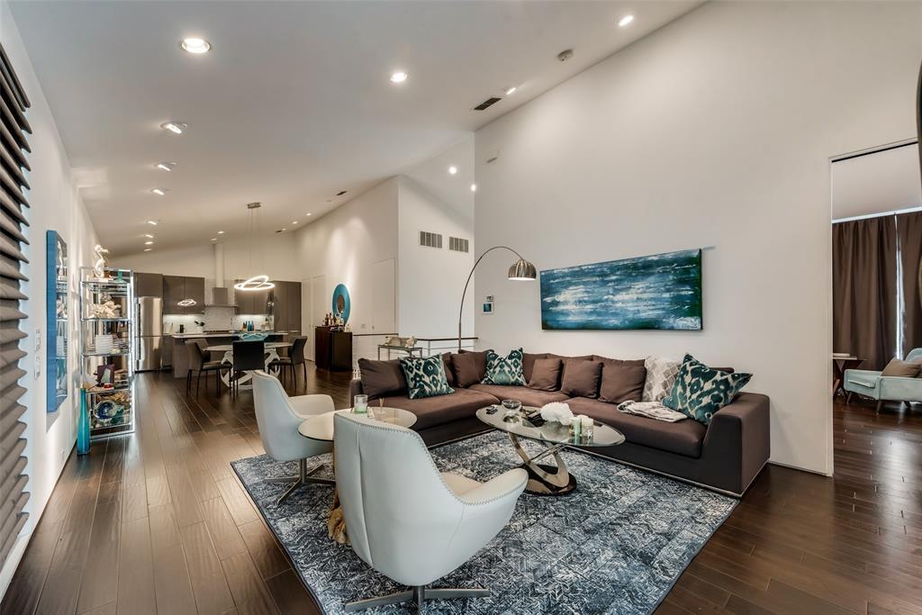 4711 Live Oak  Street, Dallas, Texas 75204 - acquisto real estate best real estate company in frisco texas real estate showings