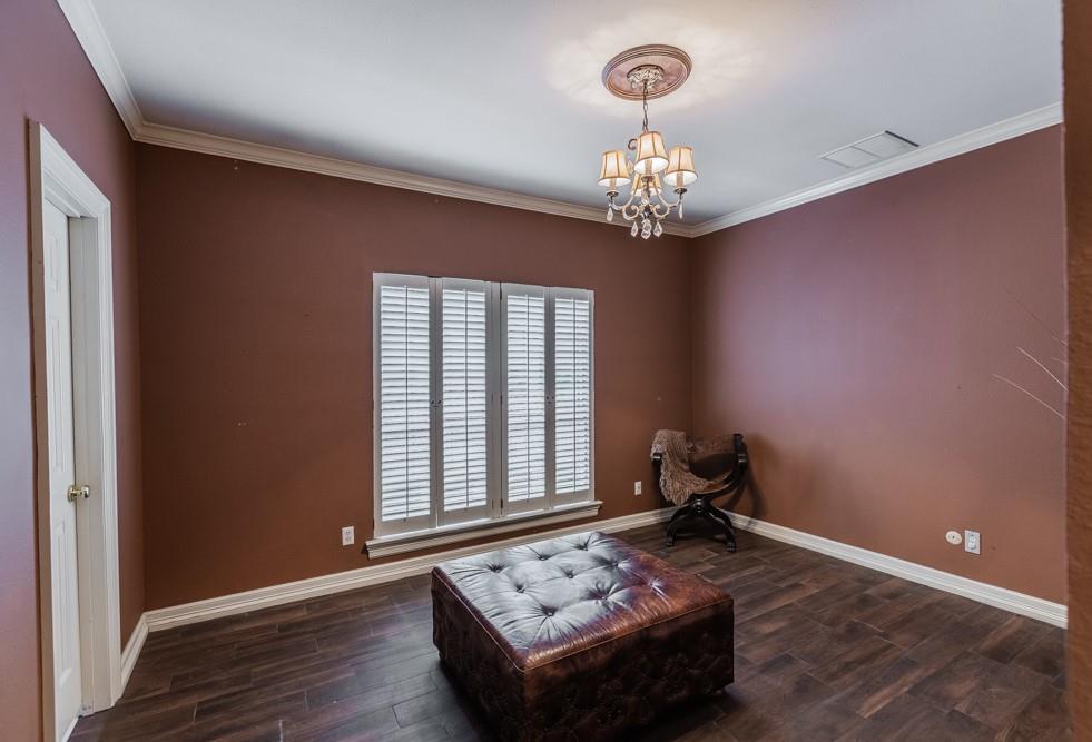 6917 Hillpark  Drive, Dallas, Texas 75230 - acquisto real estate best realtor foreclosure real estate mike shepeherd walnut grove realtor