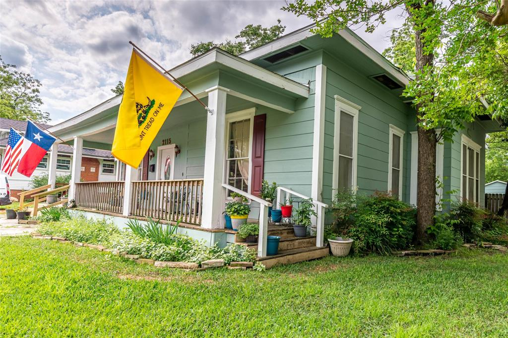 2115 WALWORTH  Greenville, Texas 75401 - acquisto real estate best frisco real estate agent amy gasperini panther creek realtor