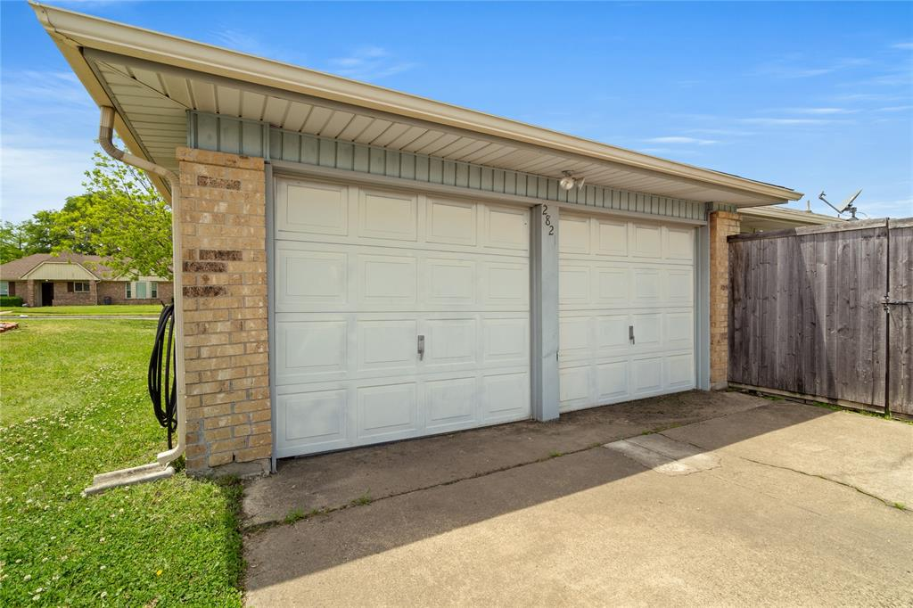 2821 Red River  Street, Mesquite, Texas 75150 - acquisto real estate best listing photos hannah ewing mckinney real estate expert