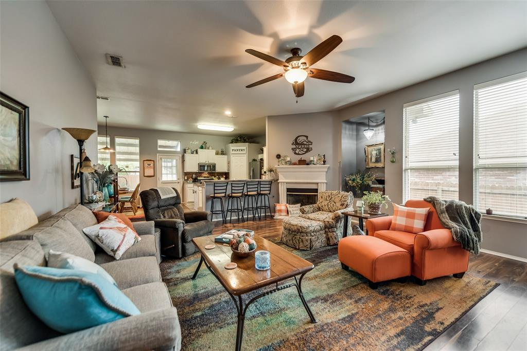 2612 Hilcroft  Avenue, Denton, Texas 76210 - acquisto real estate best real estate company to work for