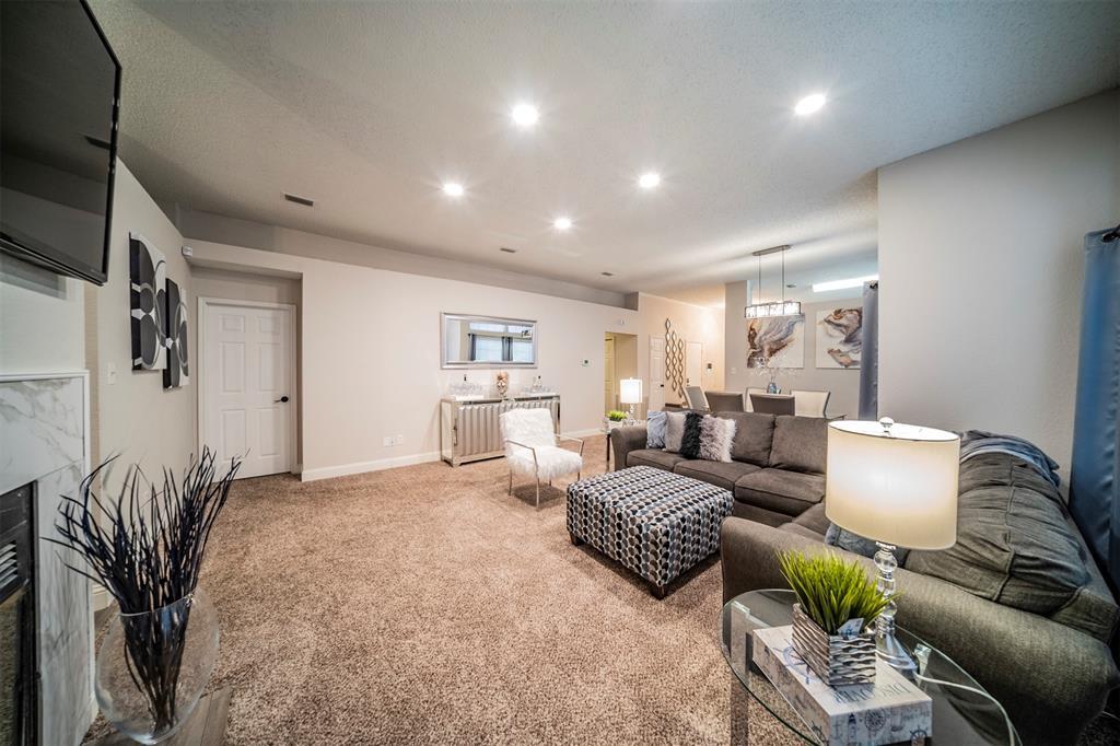 210 Chamblin  Drive, Cedar Hill, Texas 75104 - acquisto real estate best luxury buyers agent in texas shana acquisto inheritance realtor