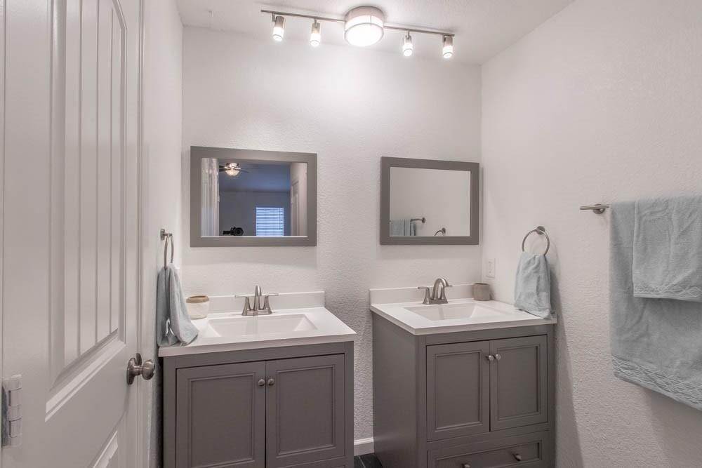 807 Windcrest  Drive, Keller, Texas 76248 - acquisto real estate best new home sales realtor linda miller executor real estate
